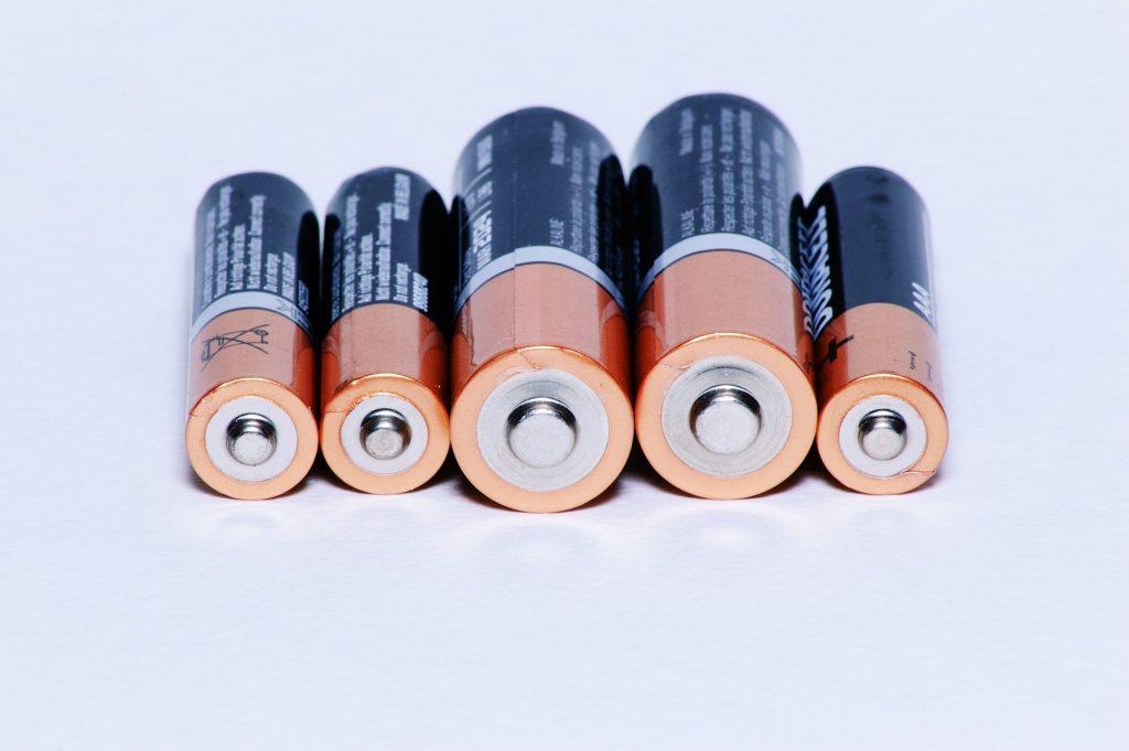 Batterijen weggooien